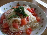 トマトと大葉の冷製パスタ風